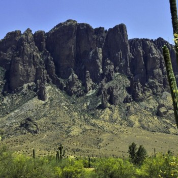 superstition mountain aarizona 1024x680